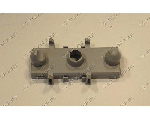 Вставка в патрубок верхнего импеллера посудомоечной машины Indesit DSG0517 Whirlpool ADG422 851123910000